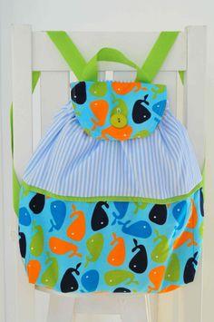 Accesorios para bebes - Su primer Mochilita. www.lorenzabasicos.com Diaper Bag, Baby, Ideas, Diaper Bags, Newborns, Infant, Baby Baby, Thoughts, Doll