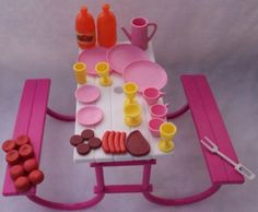 Barbie Picnic Set I got this for Christmad one yr! Childhood Memories 90s, Childhood Toys, 90s Toys, Barbie Toys, Barbie Furniture, Furniture Sets, Vintage Barbie, Vintage Toys, Toy History
