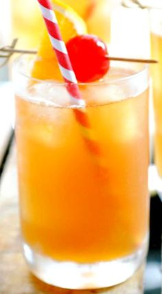 The Original Hurricane Recipe ~ And if you want to make a whole pitcher of hurricanes there is the recipe for that too!
