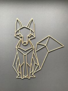 DIY: Polygon-Tiere aus Holzstäbchen - - Hints for Women Geometric Owl Tattoo, Geometric Drawing, Geometric Art, Cute Home Decor, Diy Room Decor, Wire Crafts, Diy And Crafts, Toothpick Sculpture, Wood And Metal Desk
