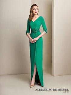Gala Dresses, Evening Dresses, Elegant Dresses, Formal Dresses, Wedding Dresses, Mother Of Bride Outfits, Mom Dress, Saree Blouse Designs, Classy Dress