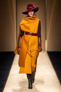 Catwalk Fashion, Fashion 2020, Fashion Show, Fashion Outfits, Womens Fashion, Fashion Trends, High Fashion, Estilo Glamour, Milano Fashion Week