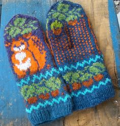 Ravelry: Squirrel. Thick and quick pattern by Natalia Moreva