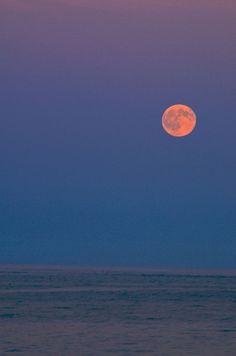 Cape Cod - Moon rise over the Atlantic. From Coast Guard Beach.