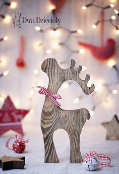 Co za elegancki, świąteczny chłopak! Reniferek w stylu skandynawskim, który swoją prostotą i elegancją wpasuje się w rustykalny Świąteczny nastrój. Nie może się doczekać, żeby świętować z...
