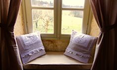 Bedroom Figue Cutest French country pillows : ML Maison Louverie From La Maisons de Monde Bergerac / Bordeaux View on the Figue trees and valley