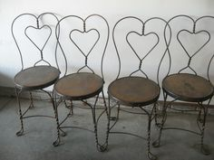 Superbe 4 Vintage Brass Ice Cream Parlor Chairs
