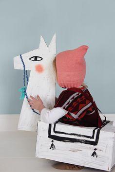 DIY Cardboard Llama Costume   Mer Mag