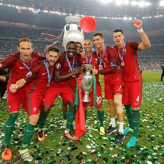 7 dos nossos magníficos! #selecaoportugal #euro2016⚽️