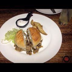 Crispy Onion Mushroom Burger @Copa-TheBar !! #placesofmumbai Mushroom Burger, Crispy Onions, Stuffed Mushrooms, Restaurant, Breakfast, Food, Stuff Mushrooms, Morning Coffee, Diner Restaurant