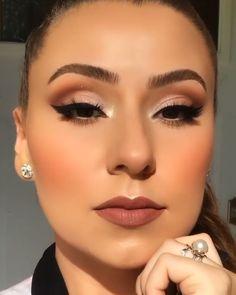 Glamorous makeup - Make Up World Black Smokey Eye Makeup, Red Lips Makeup Look, Makeup For Brown Eyes, Night Makeup, Day Makeup, Bride Makeup, Makeup Ideas, Updo Tutorial, Makeup Looks Tutorial