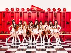 Image shared by Find images and videos about kpop, snsd and girls generation on We Heart It - the app to get lost in what you love. Sooyoung, Yoona, Girls Generation, South Korean Girls, Korean Girl Groups, Yuri, Japanese Singles, Korean Wave, Famous Girls