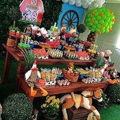 Farm Birthday Cakes, Farm Animal Birthday, Girl 2nd Birthday, Circus Birthday, Dinosaur Birthday Party, 2nd Birthday Parties, Barnyard Party, Farm Party, Festa Toy Story