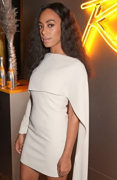 Celebrity Looks - Solange Knowles at the launch of Veuve Clicquot Rich in London Solange Knowles, Bad Fashion, Trend Fashion, Womens Fashion, High Fashion, Fashion Outfits, Fashion Lookbook, Fashion Killa, Fashion Brands