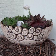 - Grüner Daumen - Crazy Plant Lady - New Ideas Ceramic Planters, Ceramic Bowls, Ceramic Pottery, Cement Crafts, Clay Crafts, Coil Pots, Ceramic Workshop, Clay Bowl, Pottery Designs