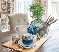 How To Paint Furniture For A Farmhouse, French Country, Cottage Or Shabby Chic Look Rustic Blanket Ladder, Rustic Blankets, Throw Blankets, Summer Centerpieces, Table Centerpieces, Centerpiece Ideas, Decorating Your Home, Diy Home Decor, Summer Decorating