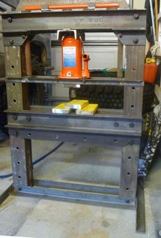 Show us your welding projects Metal Projects, Welding Projects, Diy Projects, Metal Working Tools, Metal Tools, Homemade Tools, Diy Tools, Hydraulic Shop Press, Wrought Iron Driveway Gates