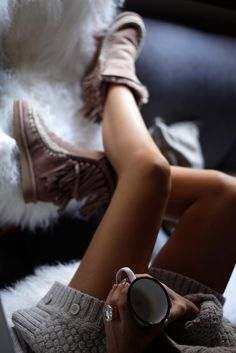 http://www.theguestgirl.com/2016/11/mou-boots-inspo-outfit/ #mou #boots #inspo #theguestgirl #laura #santolaria #nordal #home #deco #rings #jewels #style #love #newin #sexy #clothes #me popular #style #best #beauty me #happy #winter #xmas #time #2017 #look #bestlook2016