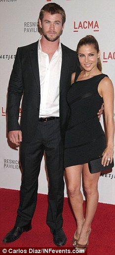 Who is Chris Hemsworth dating Chris Hemsworth girlfriend wife