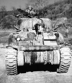 1st Armored Division in Italy