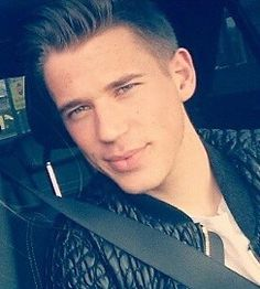 Erik Durm Army - Erik today 09.04.2015 ♥