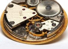 inside the vintage watch