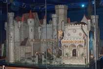 1000 images about colleen moore 39 s dollhouse on pinterest colleen moore chicago museums and - The dollhouse from fairy tales to reality ...