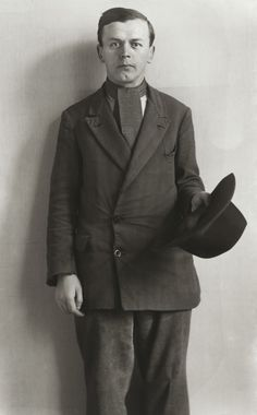 August Sander, about 1930 Photography Career, Vintage Photography, Role Image, August Sander, Dangerous Minds, Al Capone, Call Of Cthulhu, Getty Museum, Documentary Photographers
