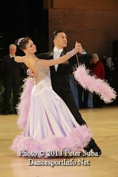 Victor Fung and Anastasia Muravyeva at the UK Open 2013, Tango. Visit http://ballroomguide.com/workshop/standard.html for info about Standard workshops from the pros.