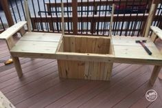 A bench. A cooler. The most amazing Cooler Bench you've ever seen. Check out these free DIY-friendly plans. Wood Bench Plans, Wooden Chair Plans, Wooden Tables, Wood Cooler, Diy Cooler, Wood Pallet Crafts, Pallet Projects, Diy Projects, Furniture Projects