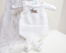 Pdf Knitting Pattern Premature Baby Romper and Bunny Slippers by Angela Turner Baby Boy Knitting, Baby Knitting Patterns, Knitting Designs, Baby Patterns, Baby Knits, Crochet Designs, Knitting Projects, Crochet Patterns, Crochet For Kids