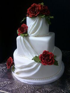 Cake Wrecks - Home - Sunday Sweets: Simply Stunning Crazy Wedding Cakes, Wedding Cake Fresh Flowers, White Wedding Cakes, Elegant Wedding Cakes, Beautiful Wedding Cakes, Gorgeous Cakes, Wedding Cake Designs, Pretty Cakes, Rose Wedding