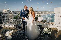 French photographer specialised in natural stylish wedding photography in Sydney and Paris Rooftop Wedding, Sydney Wedding, French Photographers, Confetti, Bond, White Dress, Wedding Photography, Australia, Stylish