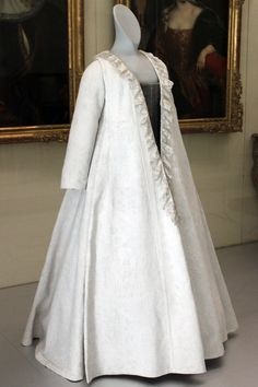 "Robe volante (in German called ""Kontusch""), 1700; Germanic National Museum in Nuremberg"