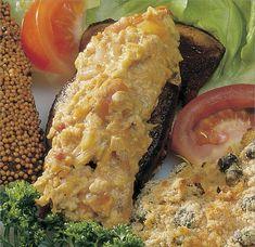 Sertésmáj Szapáry módra – Receptletöltés Chicken, Meat, Food, Essen, Yemek, Buffalo Chicken, Cubs, Meals, Rooster