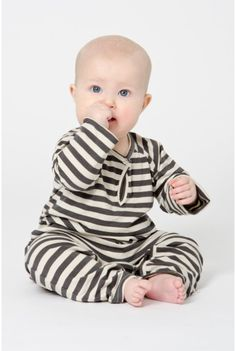 Fashionable baby clothes are so cute!