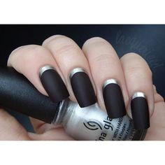 the reverse goth french tip