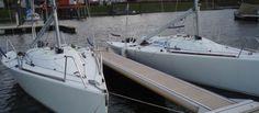 Snelle Beneteau 25 veel gebruikt voor de winterwedstrijden Drimmelen. Zie www.transmarksailing.com Sailing, Boat, Candle, Dinghy, Boats, Ship