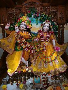 Shree Krishna Wallpapers, Radha Krishna Wallpaper, Radha Krishna Pictures, Krishna Photos, Radha Krishna Photo, Krishna Radha, Gud Morning Images, Hare, Beautiful Dolls