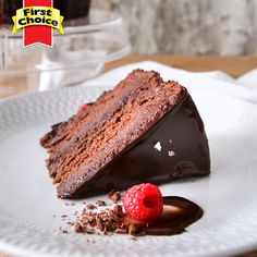 Here we don't count calories! We count in slices: 1 slice, 2 slices. Visit our website for full recipe! Dessert Ideas, Dessert Recipes, Desserts, Fresh Milk, Vanilla Essence, Cake Ingredients, Calorie Counting, Cake Pans, Tea Time