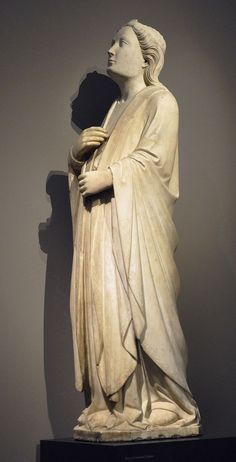 Piero di Giovanni Tedesco: Adoring Angel; from the façade of the Duomo of Firenze that was removed in 1588; Firenze, between 1390 and 1396; marble  Gallery: Liebieghaus, Frankfurt am Main, Germany, Inv. No. 1446