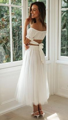 Mura Boutique, International Clothing, White Mini Skirts, Clothing Size Chart, Frocks, Going Out, White Dress, Stylists, Crop Tops