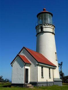 Cape Blanco Light, Port Orford, Oregon by Divonsir Borges