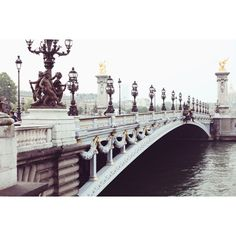 On the way to #RogerVivier Rendez Vous limited edition Spring-Summer 15 - last day in #Paris #PFW