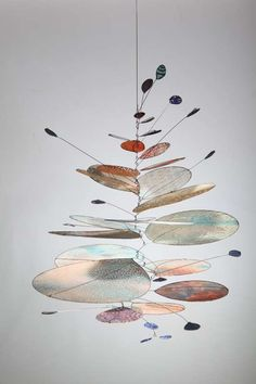 Saltwater IV by Sydney-based artist Jade Oakley Mobile Art, Hanging Mobile, Hanging Art, Mobile Sculpture, Sculpture Art, Alexander Calder, Sculpture Projects, Art Projects, 3d Sketch