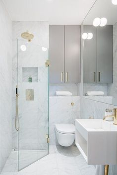 The layout of a small bathroom requires great ideas. Looking for small bathroom inspiration for you tiny house?Discover below examples to help you build a cozy small bathroom. The bathroom …