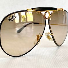 Ray-Ban by Bausch & Lomb Precious Metals Shooter Photochromic Vintage Sunglasses – Made in the USA Vintage Sunglasses, Men's Sunglasses, Linda Farrow, Luxury Glasses, Edc Gear, Precious Metals, Eyewear, Lenses, Ray Bans
