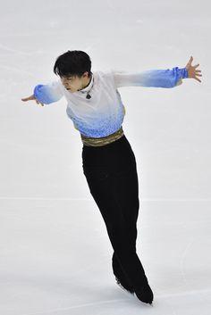 Yuzuru Hanyu Photos - 2015 Japan Figure Skating Championships - Day 1 - Zimbio
