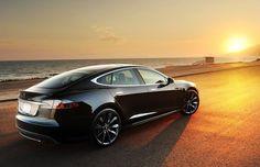 Cool! Tesla model S #boulderinn