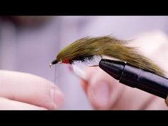 VIDEO: How To Tie The Beadhead Flash Zonker – The Wade